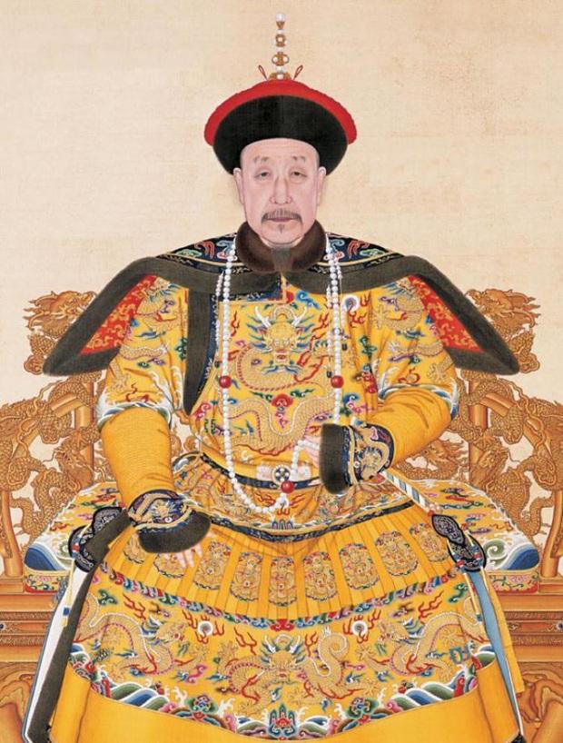 Người duy nhất được phép mặc Long bào của vua Càn Long mà không bị xử tử là ai? - Ảnh 1.