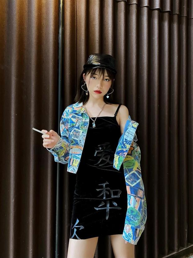 Linh Ngọc Đàm xứng danh yêu nữ hàng hiệu của làng streamer Việt, sneaker khó tìm cỡ nào chỉ cần thích là được! - Ảnh 1.