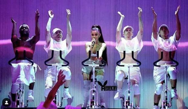 Chia tay tài tử quyền lực Channing Tatum, Jessie J mê mệt biên đạo gốc Việt: Body mlem, profile liên quan đến cả Ariana và Justin - Ảnh 4.
