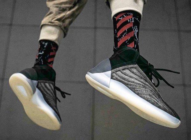 Tháng Bảy này, giày adidas Yeezy 700 MNVN Blue Tint liệu có ra mắt ở Việt Nam? - Ảnh 5.