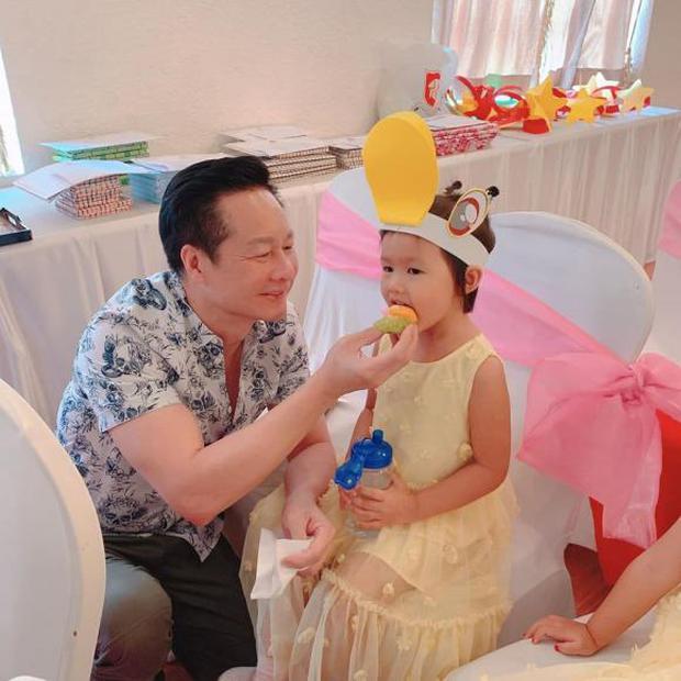 Cuộc sống được chồng đại gia cung phụng như bà hoàng của Phan Như Thảo - Ảnh 10.