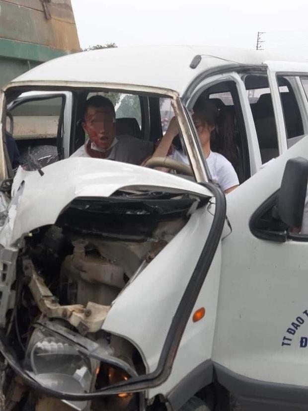 Bắc Ninh: Nữ học viên tập lái ô tô rồi đâm nát đầu xe, thầy giáo ngồi cạnh máu me đầy mặt không nói nên lời - Ảnh 3.