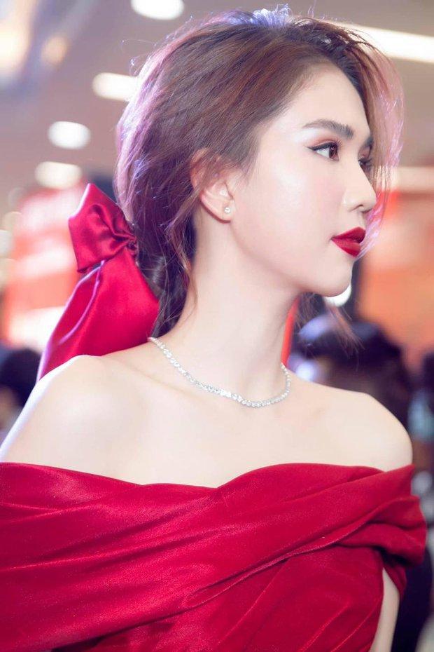 Thập kỷ lột xác của Ngọc Trinh: Người mẫu bị chê khi đi thi Hoa hậu giờ hóa nữ hoàng nội y, 16 năm chỉ thừa nhận sửa 1 chỗ - Ảnh 22.