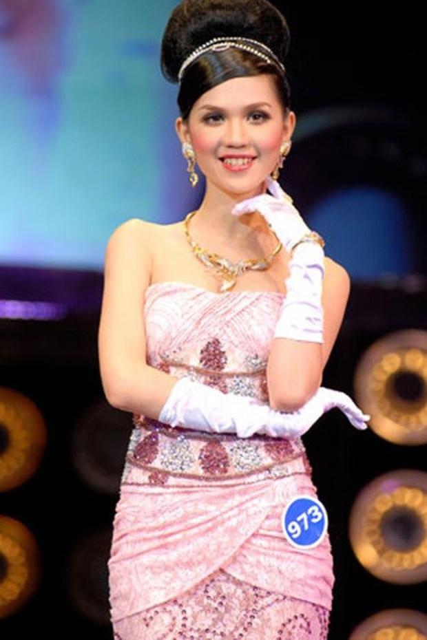 Thập kỷ lột xác của Ngọc Trinh: Người mẫu bị chê khi đi thi Hoa hậu giờ hóa nữ hoàng nội y, 16 năm chỉ thừa nhận sửa 1 chỗ - Ảnh 3.