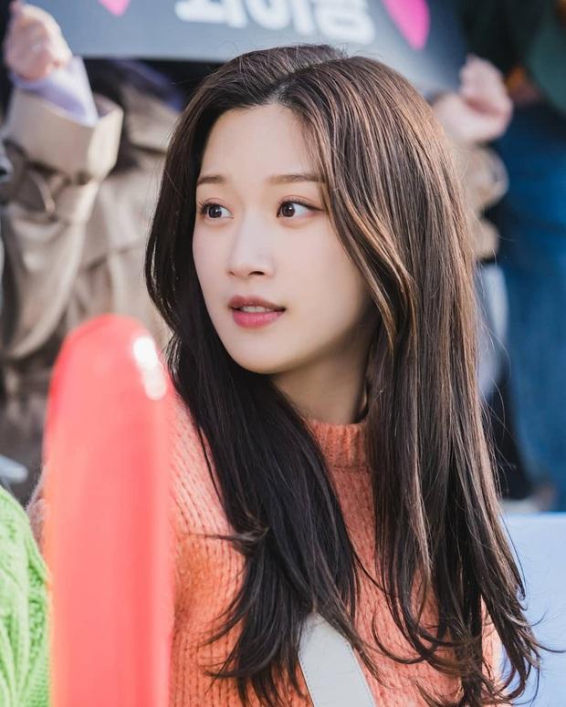 Mỹ nhân True Beauty khiến netizen chưng hửng bởi kiểu tóc thật lạ: Lạ thì có nhưng xinh thì tôi không chắc! - Ảnh 7.