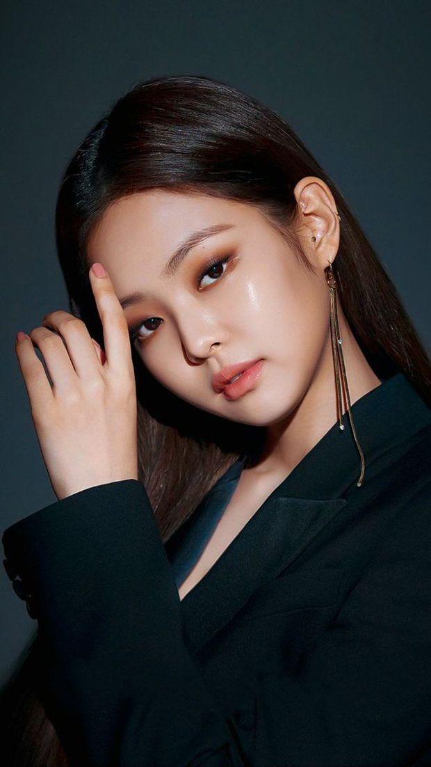 Knet tranh cãi kịch liệt: Yoona - Sulli - Suzy thế hệ 2 có đỉnh hơn visual thế hệ 3, Jennie hay Jisoo (BLACKPINK) xứng đáng lọt top? - Ảnh 14.