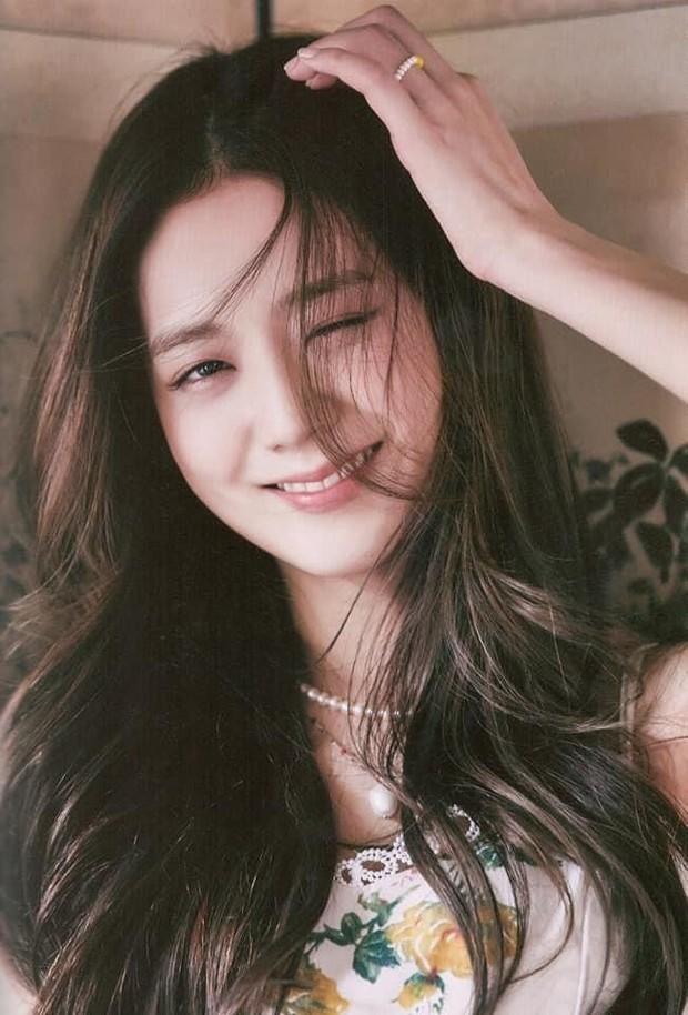 Knet tranh cãi kịch liệt: Yoona - Sulli - Suzy thế hệ 2 có đỉnh hơn visual thế hệ 3, Jennie hay Jisoo (BLACKPINK) xứng đáng lọt top? - Ảnh 18.