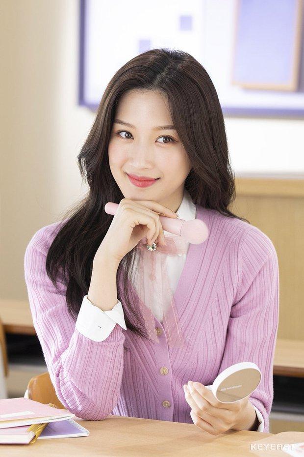 Mỹ nhân True Beauty khiến netizen chưng hửng bởi kiểu tóc thật lạ: Lạ thì có nhưng xinh thì tôi không chắc! - Ảnh 1.