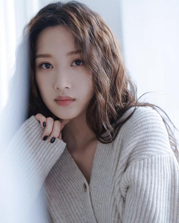 Mỹ nhân True Beauty khiến netizen chưng hửng bởi kiểu tóc thật lạ: Lạ thì có nhưng xinh thì tôi không chắc! - Ảnh 8.