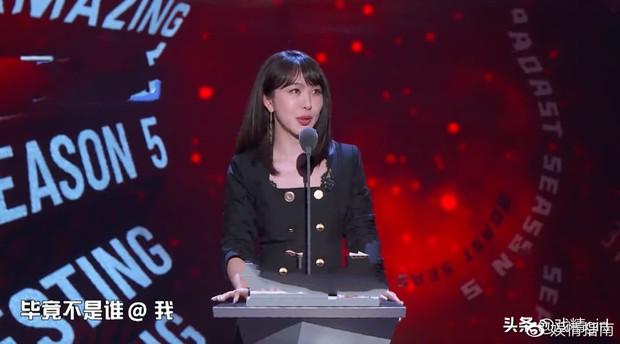 Drama căng đét: Sau 3 tháng, tình cũ Huỳnh Hiểu Minh lên sóng truyền hình cố tình đá xéo Angela Baby - Ảnh 2.