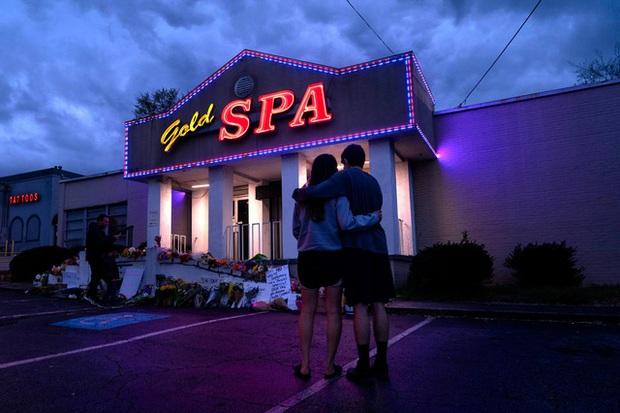 Bên trong ngành công nghiệp massage trá hình trị giá 4,5 tỷ USD tại Mỹ - Ảnh 2.
