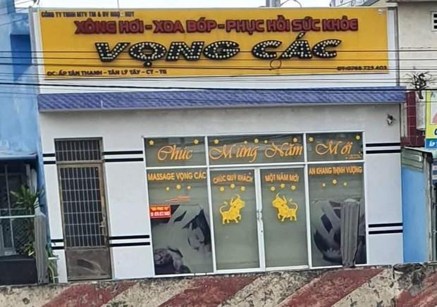 Bắt 3 đôi nam nữ đang mua bán dâm tại cơ sở massage - Ảnh 1.