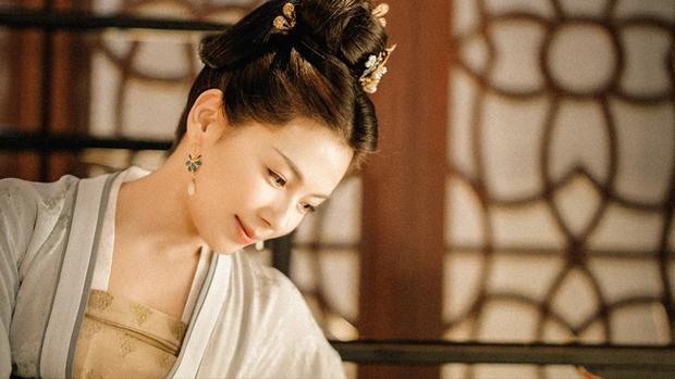 Hoàng hậu cả gan nhất lịch sử Trung Hoa: Dám bạt tai Hoàng đế đến xây xẩm mặt mày vì dung túng Phi tần loạn ngôn nói xấu chính thất - Ảnh 2.
