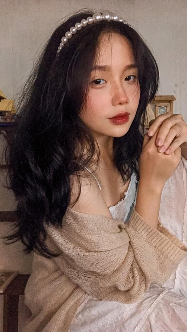 Kim Sa bất ngờ đăng ảnh nhiều da thịt, tính soán ngôi MC gợi cảm nhất làng game Việt hay gì? - Ảnh 4.