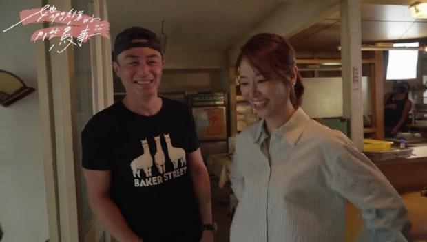 Hoắc Kiến Hoa bất ngờ đến tận phim trường thăm Lâm Tâm Như, nhìn thái độ là biết mê vợ tới nhường nào - Ảnh 6.