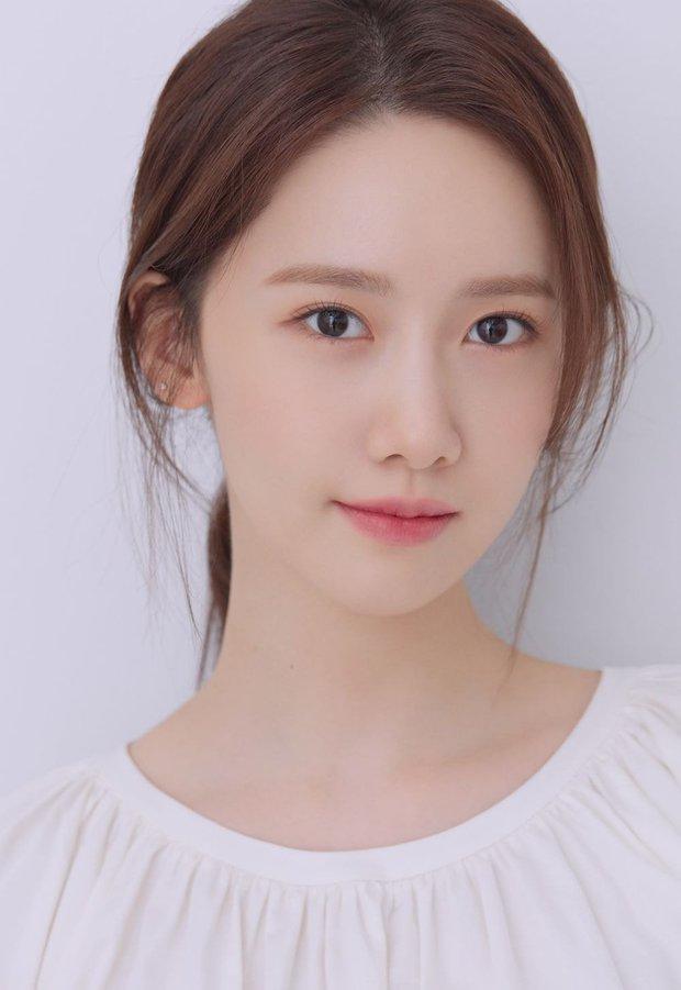 Knet tranh cãi kịch liệt: Yoona - Sulli - Suzy thế hệ 2 có đỉnh hơn visual thế hệ 3, Jennie hay Jisoo (BLACKPINK) xứng đáng lọt top? - Ảnh 3.