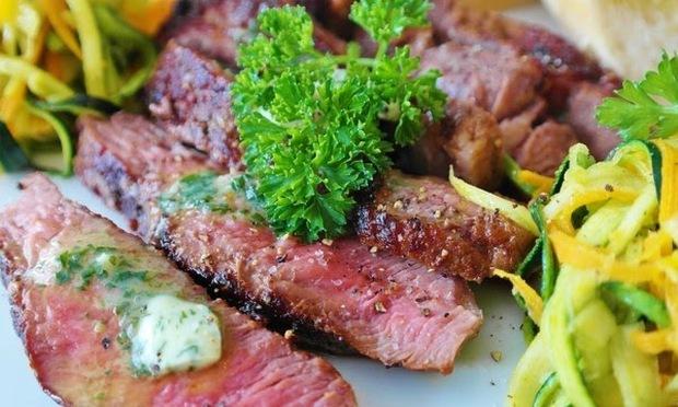 8 loại thực phẩm ăn trước khi ngủ có thể làm bạn đếm cả nghìn con cừu mà vẫn thao láo - Ảnh 1.
