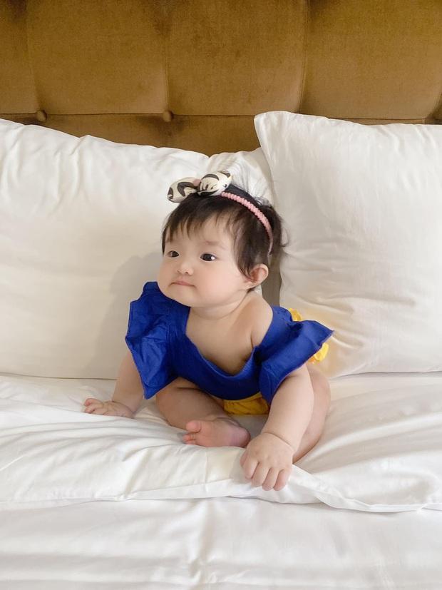 Winnie được Đông Nhi hóa trang thành bạch tuyết siêu cưng, netizen vội đoán giới tính nhóc tỳ thứ 2 tương lai nhờ 1 chi tiết - Ảnh 3.