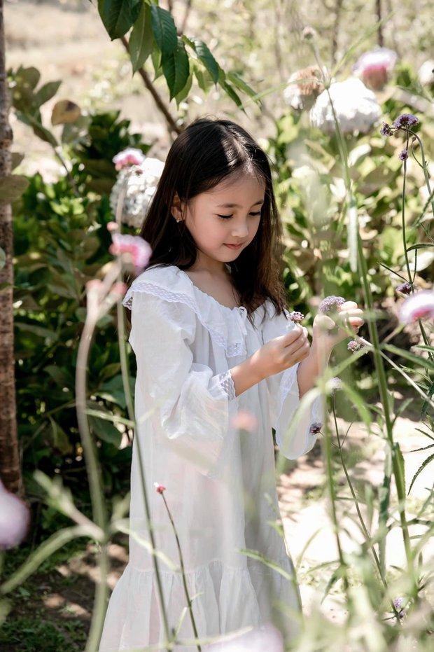 Hà Kiều Anh tung bộ ảnh của con gái, xuất sắc cỡ nào mà Mai Phương Thuý và cả dàn hậu thi nhau nhảy vào trầm trồ? - Ảnh 4.