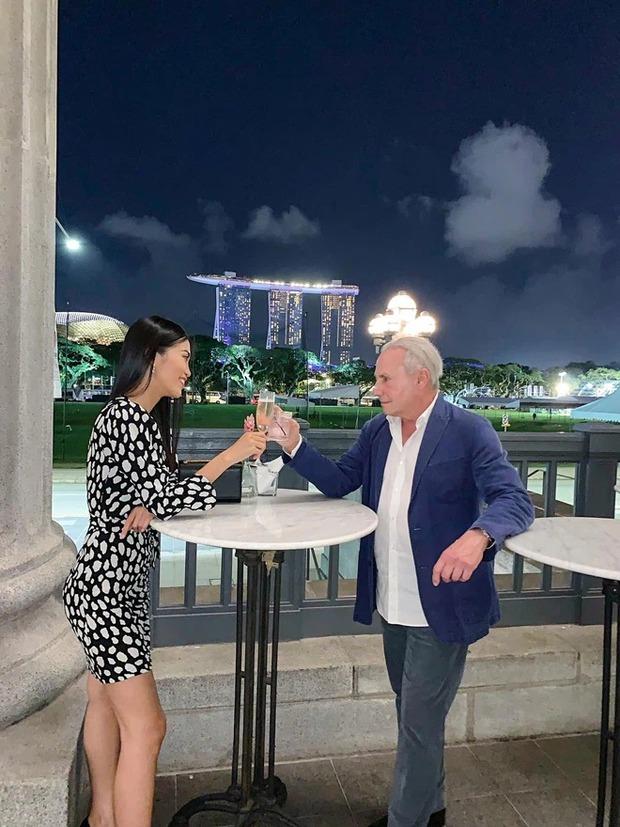 Hành trình gái Việt 26 tuổi yêu tỷ phú 72 tuổi: Quen chưa đầy nửa năm đã đính hôn, livestream công bố chia tay vì cãi lộn lần thứ n - Ảnh 7.
