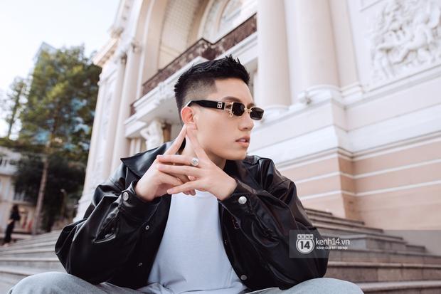 Anh Tú: Hòa Minzy không hề bị lu mờ, chỉ là do chị Uyên Linh và Văn Mai Hương hát quá hay mà thôi - Ảnh 2.