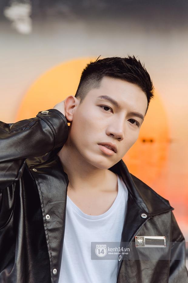 Anh Tú: Hòa Minzy không hề bị lu mờ, chỉ là do chị Uyên Linh và Văn Mai Hương hát quá hay mà thôi - Ảnh 16.