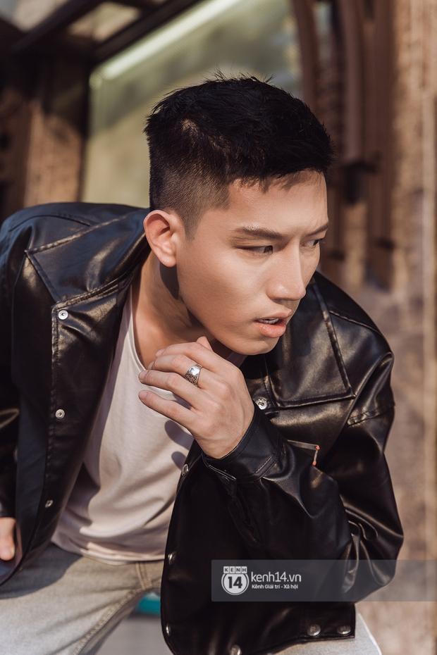 Anh Tú: Hòa Minzy không hề bị lu mờ, chỉ là do chị Uyên Linh và Văn Mai Hương hát quá hay mà thôi - Ảnh 19.