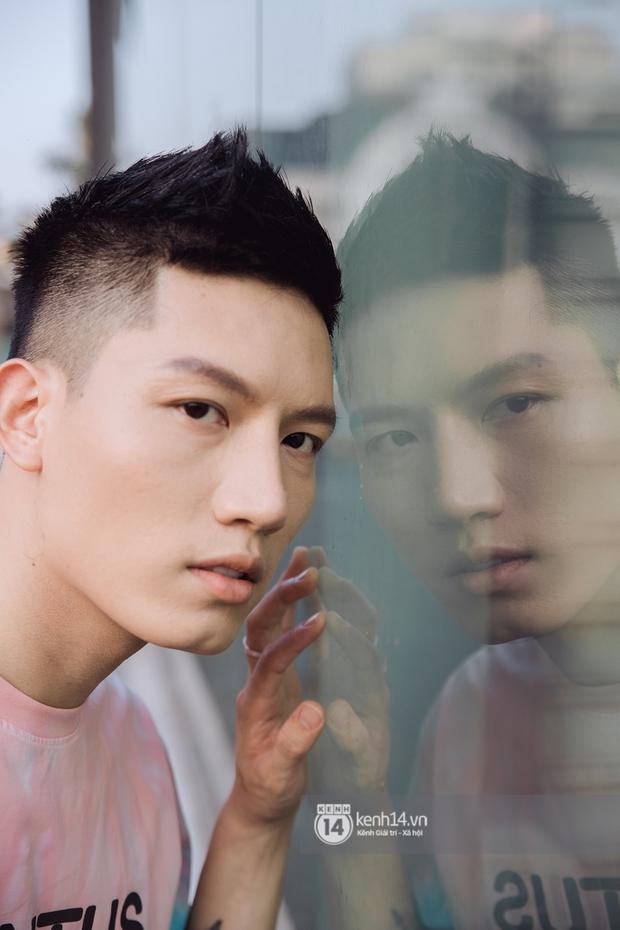 Anh Tú: Hòa Minzy không hề bị lu mờ, chỉ là do chị Uyên Linh và Văn Mai Hương hát quá hay mà thôi - Ảnh 4.