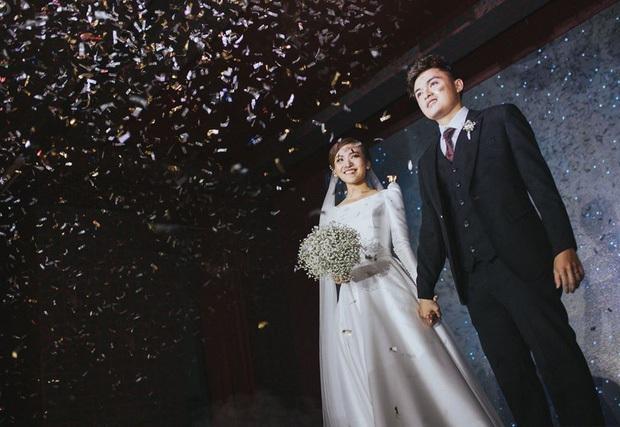 1 năm sau ngày cưới, cặp duy nhất kết hôn ở Người Ấy Là Ai vẫn khiến con dân ghen tỵ khi liên tục phát cẩu lương - Ảnh 1.