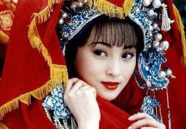 10 cô dâu Hoa ngữ đẹp nức nở sau lớp vải che mặt: Triệu Lệ Dĩnh - Lưu Diệc Phi cũng chào thua cặp đôi trùm cuối - Ảnh 14.