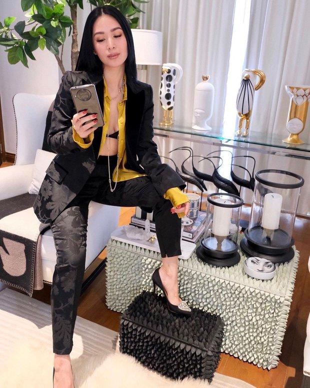 Bạn thân Hà Tăng diện quần jeans mà dân tình xa lánh, lặp lại vết xe đổ từ style thảm họa của Hương Giang - Phượng Chanel - Ảnh 1.