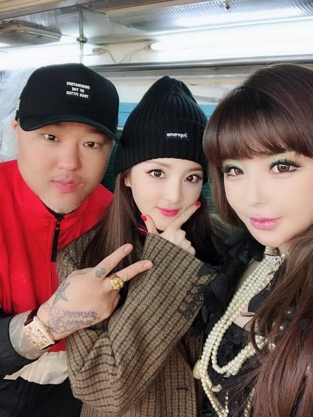 Producer đào tạo Brave Girls 10 năm mới thành công là người đứng sau loạt hit của BIGBANG - Sunmi, từng cứu AOA, hồi sinh Park Bom - Ảnh 14.