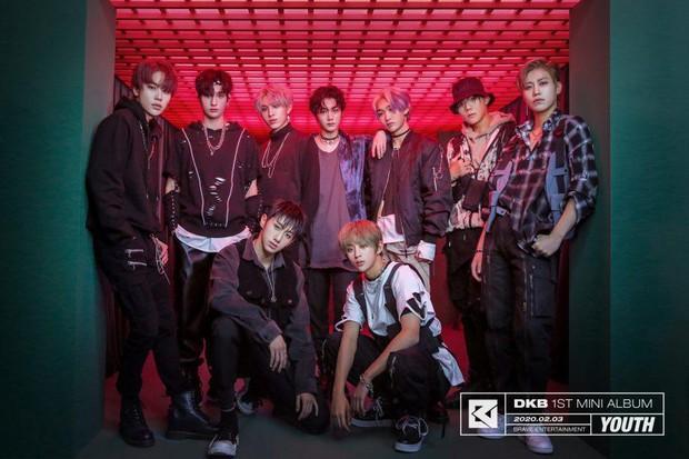 Producer đào tạo Brave Girls 10 năm mới thành công là người đứng sau loạt hit của BIGBANG - Sunmi, từng cứu AOA, hồi sinh Park Bom - Ảnh 6.