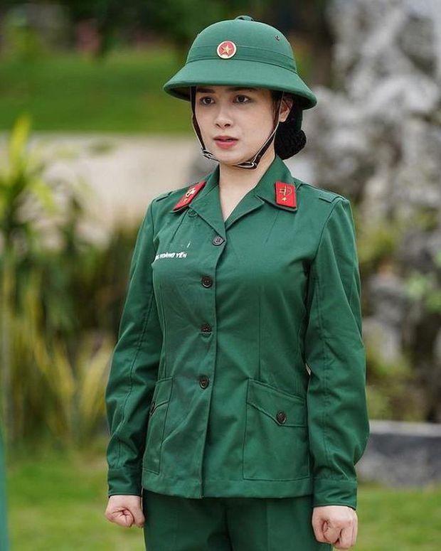 Dương Hoàng Yến gây sốt với clip cover Let It Go, nhưng điểm chú ý là visual khác hẳn lúc tham gia Sao Nhập Ngũ - Ảnh 5.