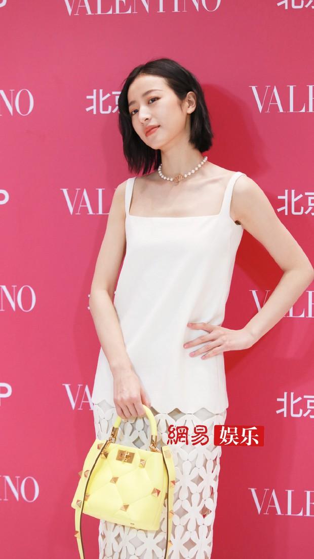 Sự kiện hot tối nay: Trương Bá Chi gây sốc visual giữa scandal bầu bí, đè bẹp cả học trò cưng của Lisa (BLACKPINK) - Ảnh 12.