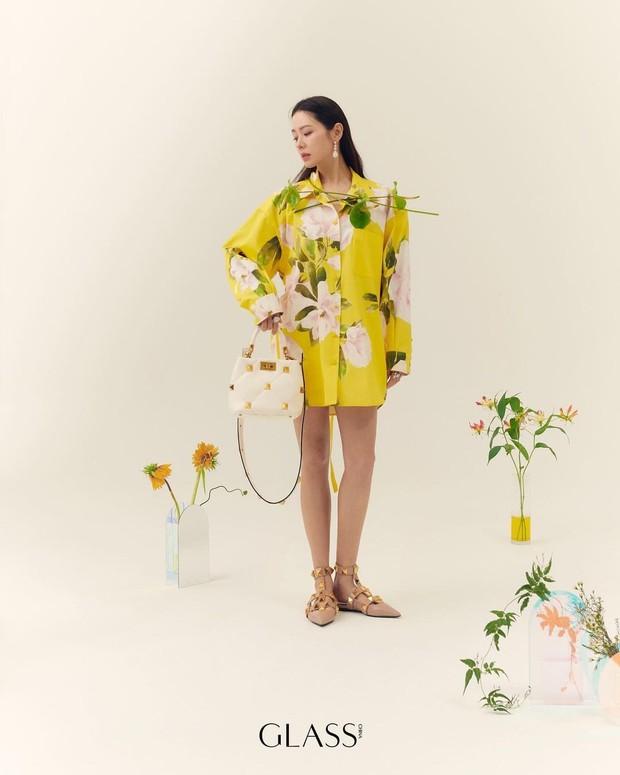 Son Ye Jin đẳng cấp như nữ thần mùa xuân, ảnh hậu trường còn xuất sắc hơn cả ảnh tạp chí - Ảnh 4.