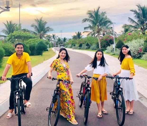 Đời tư của dàn MC kỳ cựu Thanh Bạch, Quyền Linh, Lại Văn Sâm: Người kín tiếng, kẻ rình rang tổ chức đám cưới 10 lần - Ảnh 6.