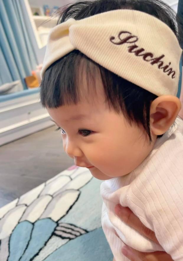 Được đèo đi dạo phố bằng xế cực độc nhưng sao biểu cảm Suchin lại khác 180 độ với bố mẹ đại gia Cường Đô La thế kia? - Ảnh 5.