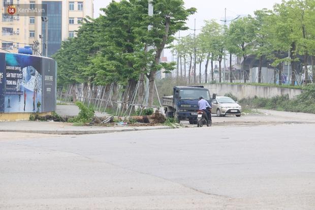 Nhân chứng vụ xe buýt lao lên vỉa hè đâm chết người: Một người đứng ngay cạnh thoát chết, sợ mặt cắt không ra máu - Ảnh 3.