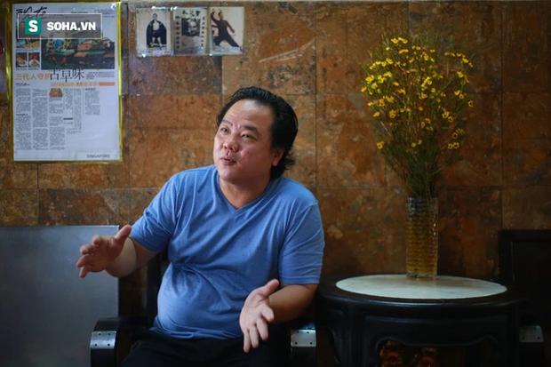 Ông chủ người Hoa của tiệm bánh độc nhất vô nhị Sài Gòn: Ở Việt Nam giờ không ai làm theo cách của người Triều nữa - Ảnh 1.