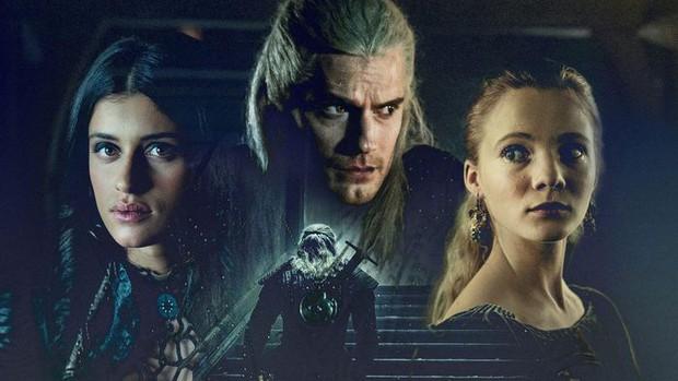 Nữ chính bom tấn The Witcher tiền truyện bỏ vai vì xung đột giữa loạt chỉ trích người da màu đóng vai nữ hoàng - Ảnh 4.