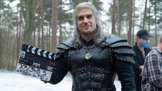 Nữ chính bom tấn The Witcher tiền truyện bỏ vai vì xung đột giữa loạt chỉ trích người da màu đóng vai nữ hoàng - Ảnh 5.