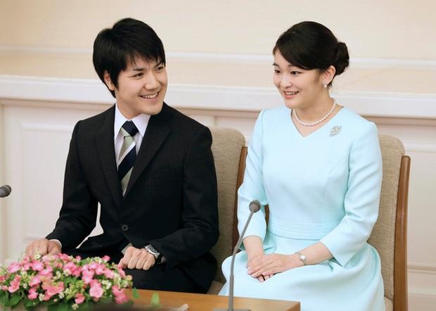 Vị hôn phu của Công chúa Nhật Bản chính thức lên tiếng sau 2 năm im lặng, trì hoãn đám cưới hết lần này đến lần khác - Ảnh 2.