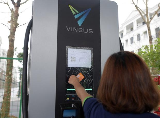 Ảnh: VinBus chính thức khai trương, đưa vào vận hành tuyến xe buýt điện thông minh đầu tiên của Việt Nam - Ảnh 15.