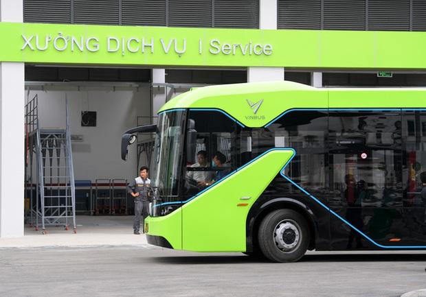 Ảnh: VinBus chính thức khai trương, đưa vào vận hành tuyến xe buýt điện thông minh đầu tiên của Việt Nam - Ảnh 18.
