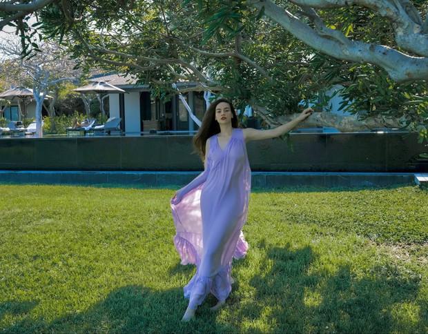 Hà Hồ có cả loạt ảnh sống ảo đỉnh cao nhờ kiểu váy này, chị em muốn học theo cũng cực dễ - Ảnh 4.