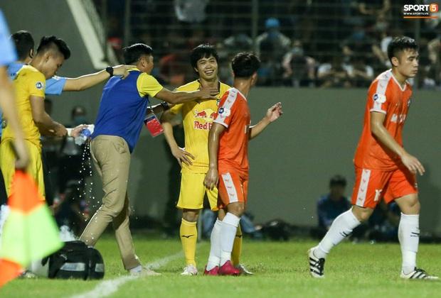 Công Phượng nghe lén HLV Huỳnh Đức, tái hiện khoảnh khắc giữa Son Heung-min và thầy Park - Ảnh 2.