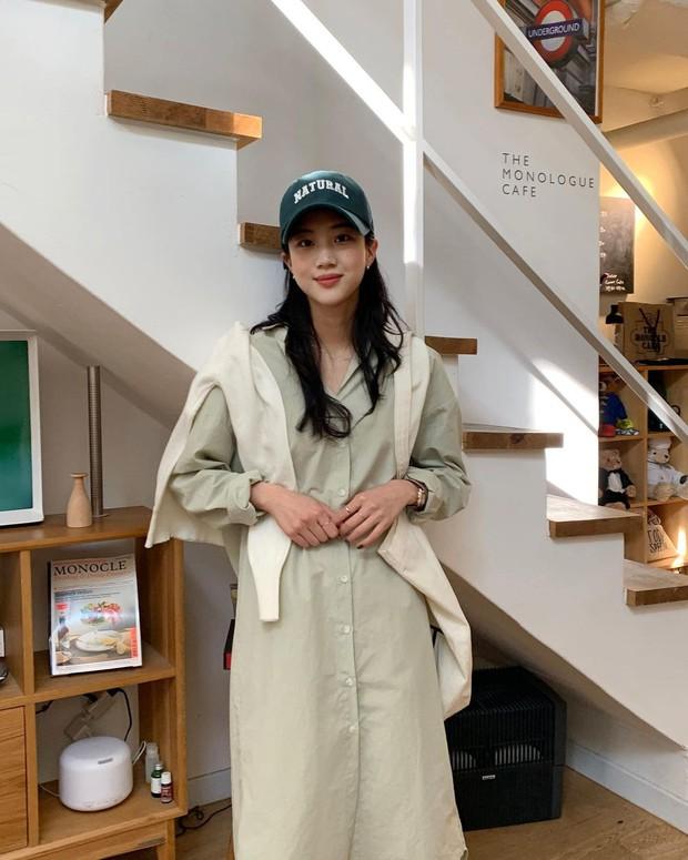 4 công thức nhắm mắt cũng mặc đẹp mà hội gái Hàn chăm áp dụng nhất thời điểm này - Ảnh 4.