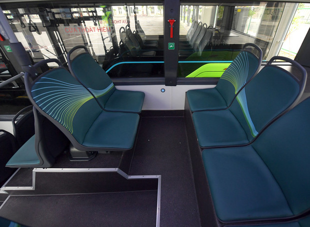 Ảnh: VinBus chính thức khai trương, đưa vào vận hành tuyến xe buýt điện thông minh đầu tiên của Việt Nam - Ảnh 5.