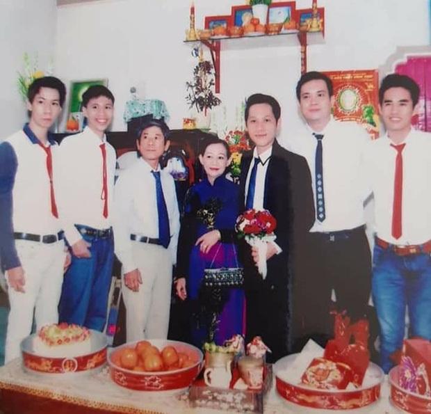 Loạt ảnh cưới của Thầy giáo Ba bất ngờ được lan truyền, cộng đồng ngỡ ngàng với nhan sắc thời con gái của cô Panda - Ảnh 7.